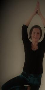 yoga small kellyannyoga